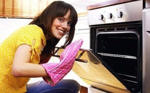 Як мити кухонне обладнання з нержавійки